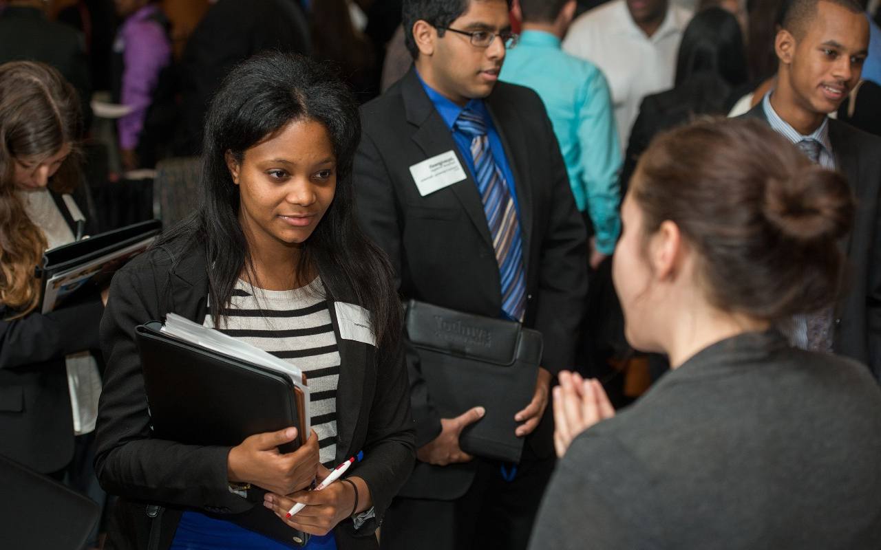 2013-multi-ethnic-career-fair